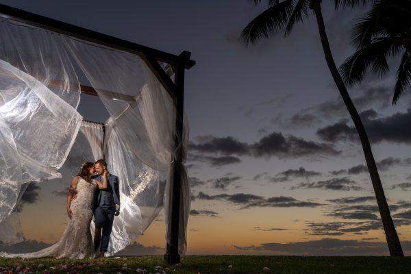 Set-Up und Traubogen für eine Strandhochzeit in Mauritius